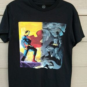 DC Comics Batman VS Superman T-shirt